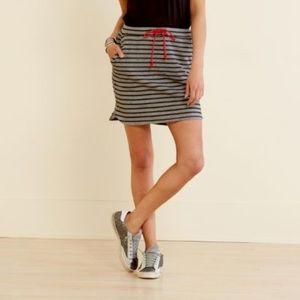 Sundry Saturday skirt in grey and black stripe